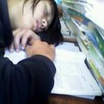中国の昼寝中の女子の寝顔が可愛いかどうかの境界線