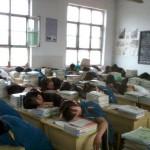 中国の警察学校では昼寝が過ぎると命を失いかねない