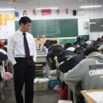 中国の試験の監督官のみなさんの仕事っぷり