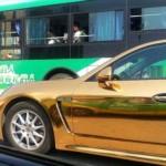 中国の成金の人がいかにも乗ってそうな車