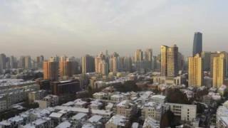 60年ぶりに広州にも雪が降って街の人は大喜び