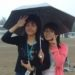 雨が降った時十分な傘が無い場合の雨の避け方中国の男女の違い