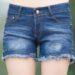 夏の風物詩とも言えるデニムのショートパンツのちょっと変わった中国女性の履き方