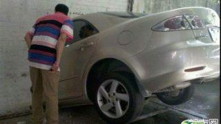 【見ないで!】運転の下手さがまるわかりで恥ずかしい事故現場の運転手