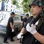 中国の街頭で迂闊に近づいちゃいけない車がコレ