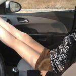 仪表板 – ダッシュボードに足をのせる彼女をしつける方法
