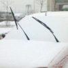 雪が降る前に車のワイパーを立てておくことの意味について