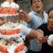中華料理のテーブルマナーは奪い合い?