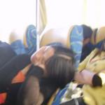 中国人のバスでの居眠りスタイルがバリエーションがありすぎる
