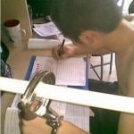 中国の学生が試験勉強で自分を集中させる方法