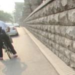 中国 段差のある小道が小道過ぎる件