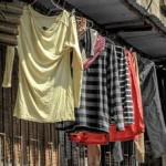 中国洗濯物は お構いなしに公道で乾かします。