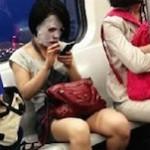 中国の女性がフェイシャルマスクで出かける理由