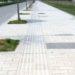 中国では人が歩道を歩くのもかなり危険です。