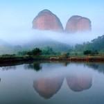 【世界遺産】赤面したくなるほど秘境すぎる中国の丹霞山(たんかさん) にある名所