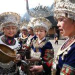 高山流水 ― 中国少数民族のわんこそばをお酒でやるようなおもてなし