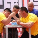 「腕相撲」って中国語では何という? と中国式「腕相撲」のその勝ち方