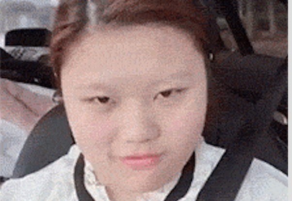 彼氏を飛行場に迎えに行く間に変身する中国女子