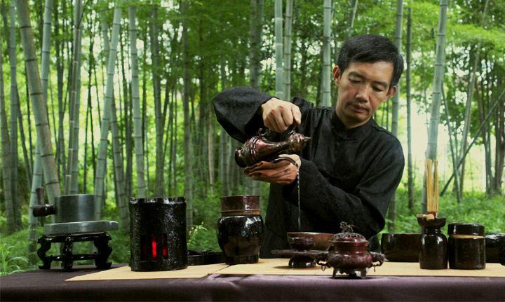 どこでもこだわりのお中国茶を飲みたがる人たち