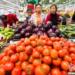 中国で山積みの果物売り場からいいものを選ぶ方法