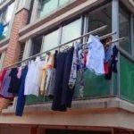 中国では思いついたところに洗濯物を干します。