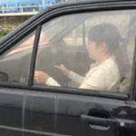 ハンドルさばきの練習をする中国の車校に通う皆さん