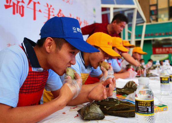 早食い勝負が好きな中国の人たち